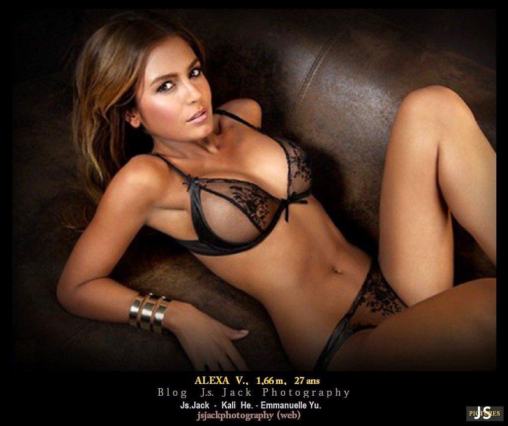 Alexa V. 002