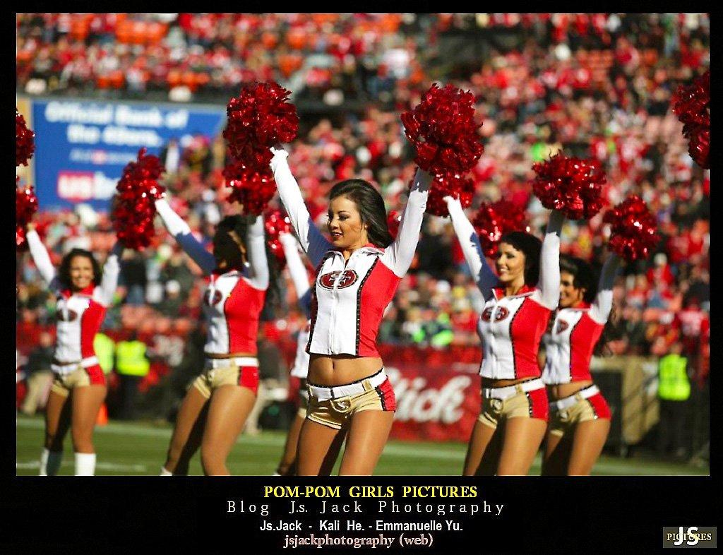 Pom-pom girls 001