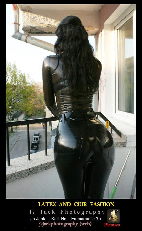 Latex Cuir Fashion B1