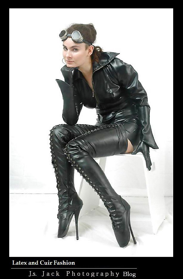 Latex and Cuir Fashion 200
