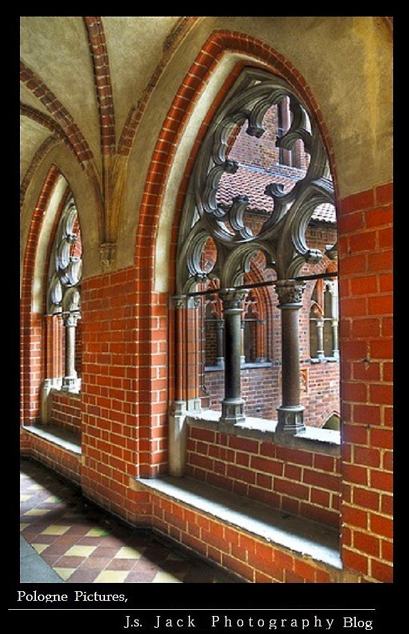 Pologne Pictures Chateau Malbork 04