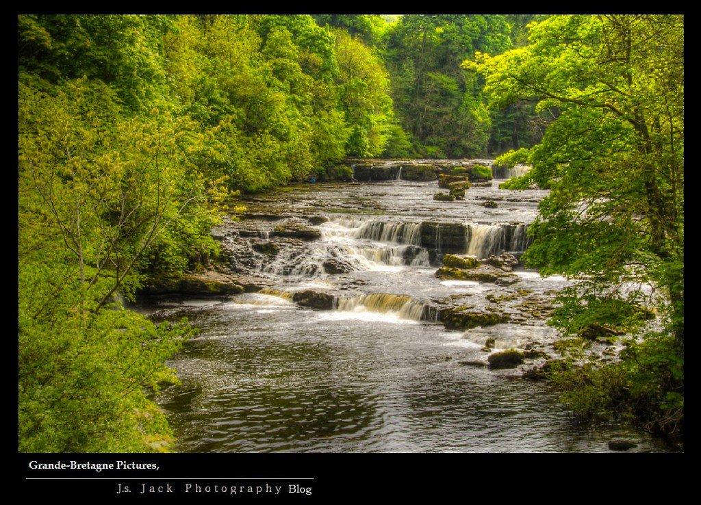 Grande Bretagne  Aysgarth Falls 01