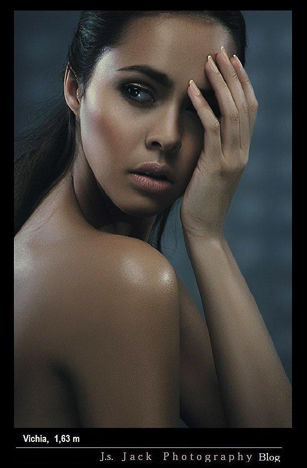 Portraits, Vichia 01